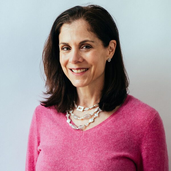 Image of Susan Miller, an NYC psychotherapist specializing in anxiety, depression, and Family Problems.