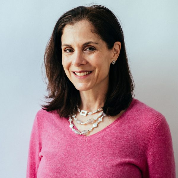 Image of Susan Miller, an NYC psychotherapist specializing in anxiety, depression, and Family Problems. }}
