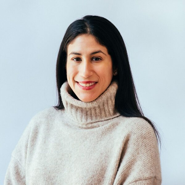 Image of NYC psychotherapist Dr. Victoria Rodriguez. She specializes in Anxiety, Depression, and grief